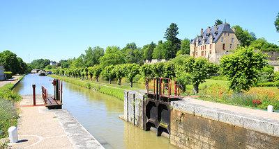 Esclusa en Chatillon-en-Bazois
