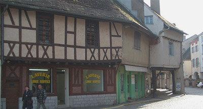 Casas con entramado de madera en Borgoña