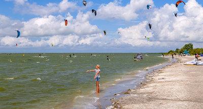 Windsurf en la playa de Workum
