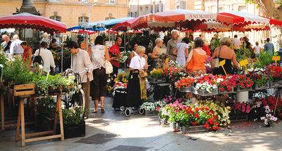 Mercado típico en Francia