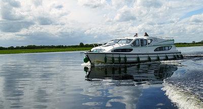 Contemplando el panorama de Lough Derg