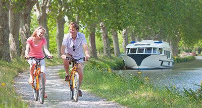 Paseo en bicicleta en el Canal du Midi