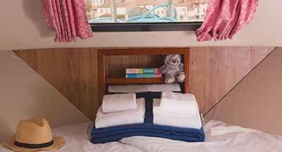 Cabinas y cuartos de baño del Minuetto 8+