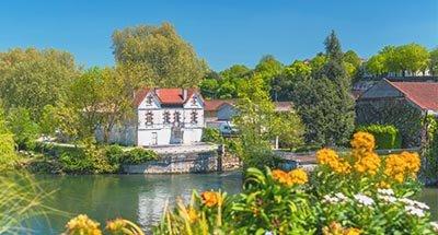 El Río Charente cerca de Cognac