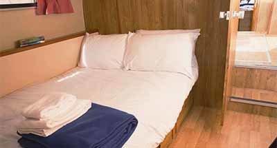 Cabinas y cuartos de baño del Tamaris