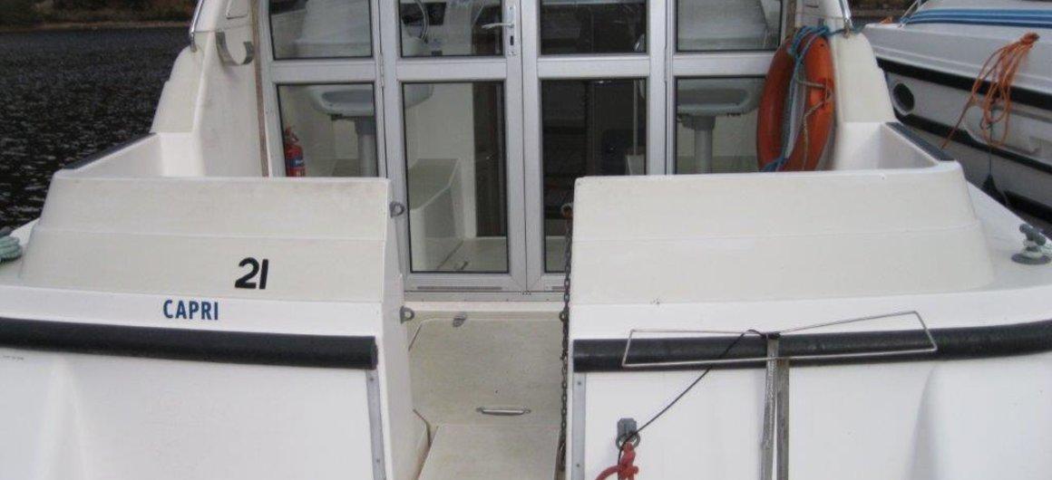 Capri WHS  - exterior trasero