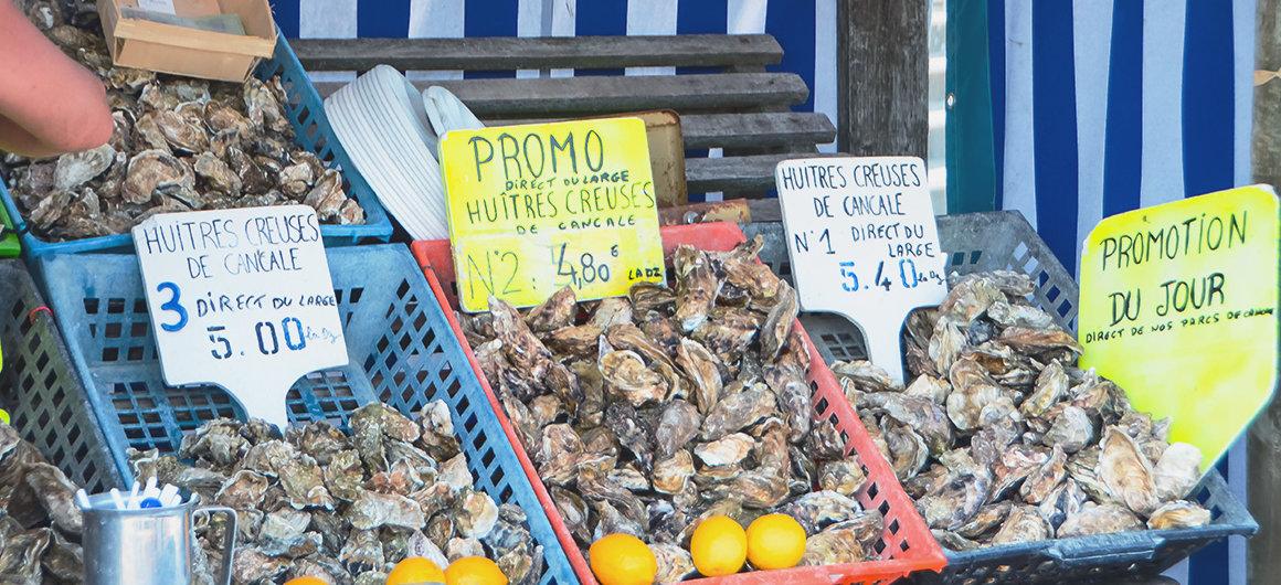 Hostras en un mercado, Bretaña