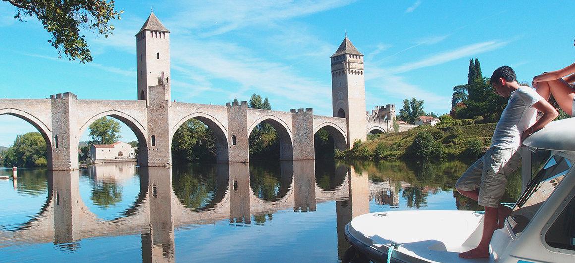 Puente Valentré en el Lot