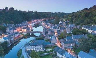 Dinan de noche, Bretaña